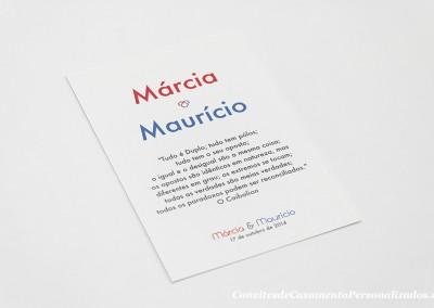 15-convite-casamento-historia-marcia-mauricio-opostos-iman-marcador-mesa