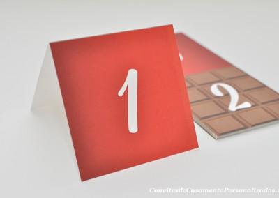 19-convite-casamento-historia-carolina-tiago-marcador-mesa