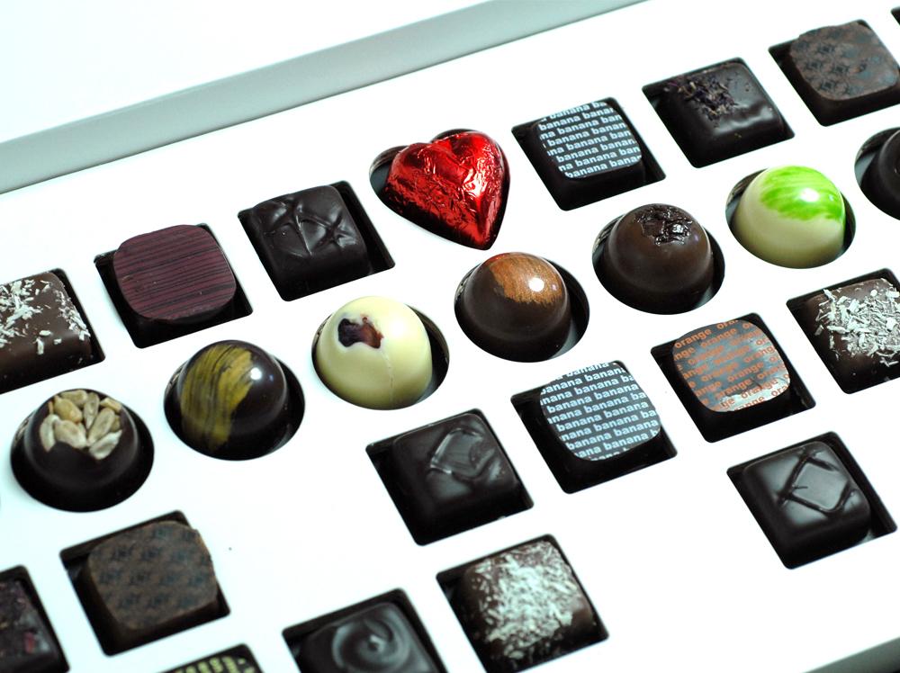 Convite de Casamento Caixa de Chocolates mensagem escondida
