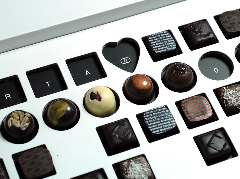 Convite de Casamento Caixa de Chocolates revelar mensagem