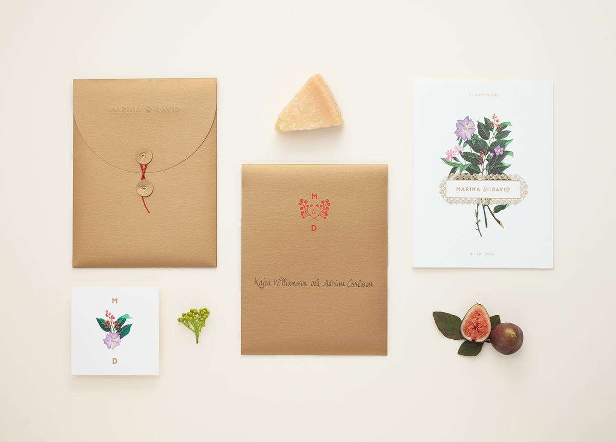 Convite de Casamento Floral Dourado envelope e convite
