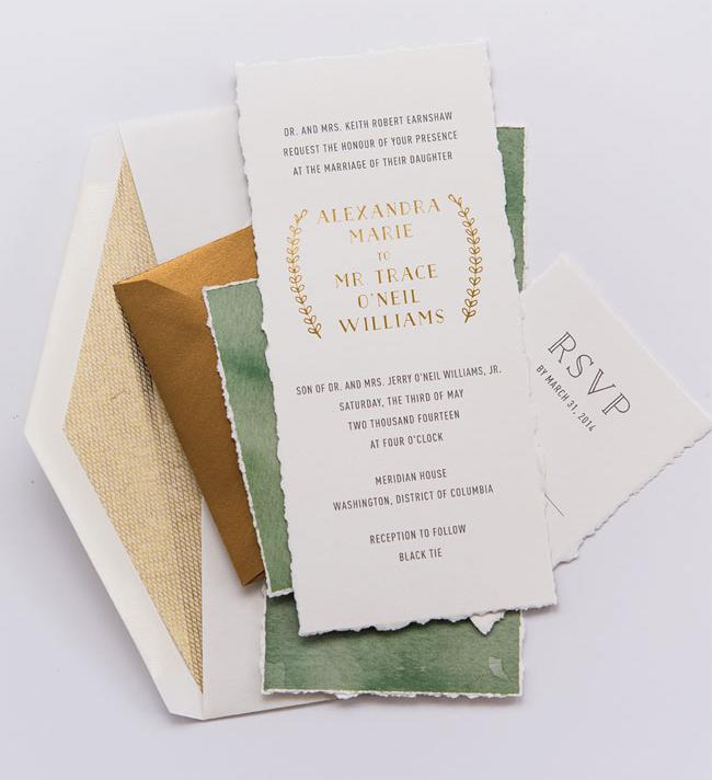 Convite de casamento tipo de letra dourado - papeis