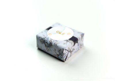 convite-casamento-personalizados-sabonete-shine-smooth-bubble-04
